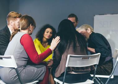Il lutto affrontato attraverso i gruppi di auto aiuto